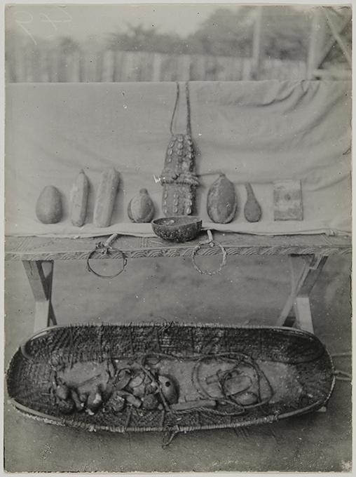N. W. Thomas, Still Life, Instruments for marking body and medicines, Benin City. NWT 49. MAA P.28070.