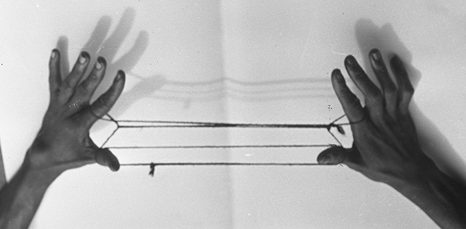 Northcote Thomas photograph, String Game, NWT 2844